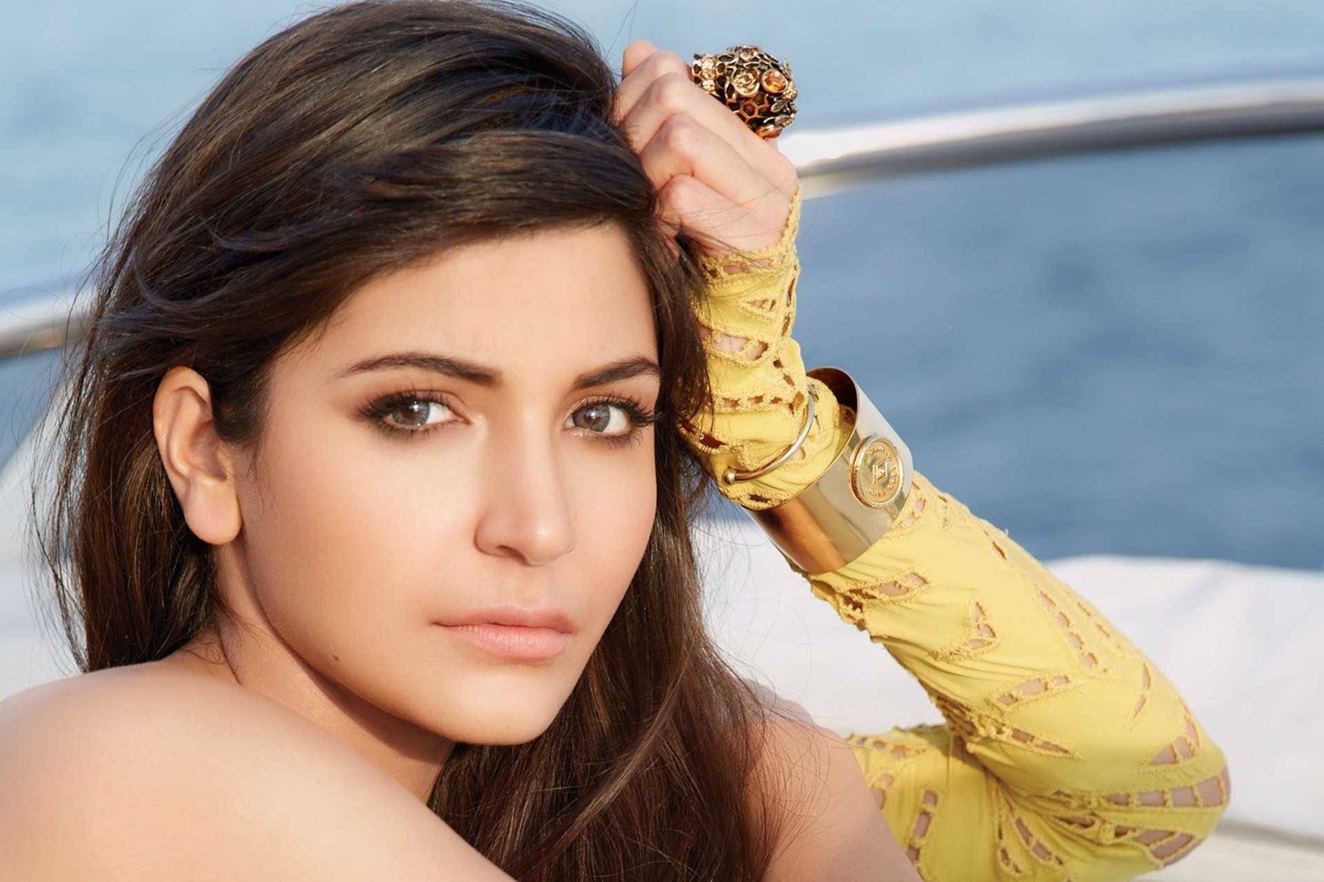Anushka-Sharma-Images-wallpaper-wp3003271