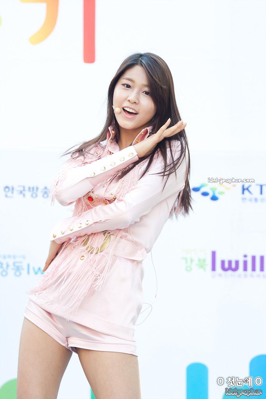 Aoa-Beautiful-Beauty-Cute-KimSeolHyun-Natural-y-Korean-Kpop-collections-D-wallpaper-wp4602893