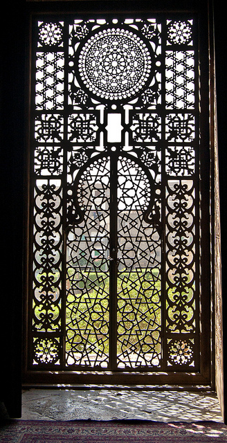 Arabesque-Window-Flickr-Photo-Sharing-wallpaper-wp5004710