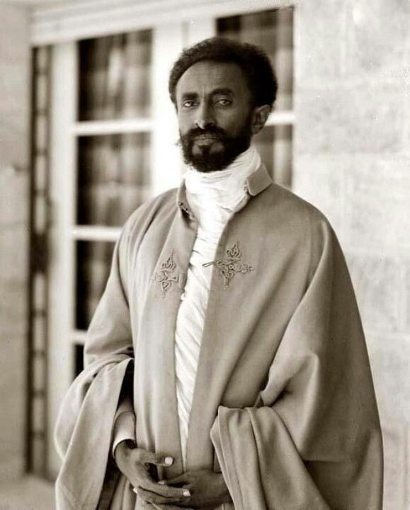 As-Soloman-says-physical-distance-cannot-be-a-barrier-to-love-Jah-Rastafari-wallpaper-wp423776