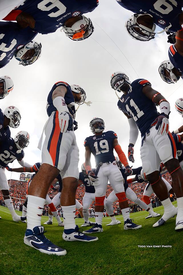 Auburn-For-Great-Sports-Stories-and-Funny-Audio-Podcasts-Visit-www-RollTideWarEagle-com-wallpaper-wp6002114