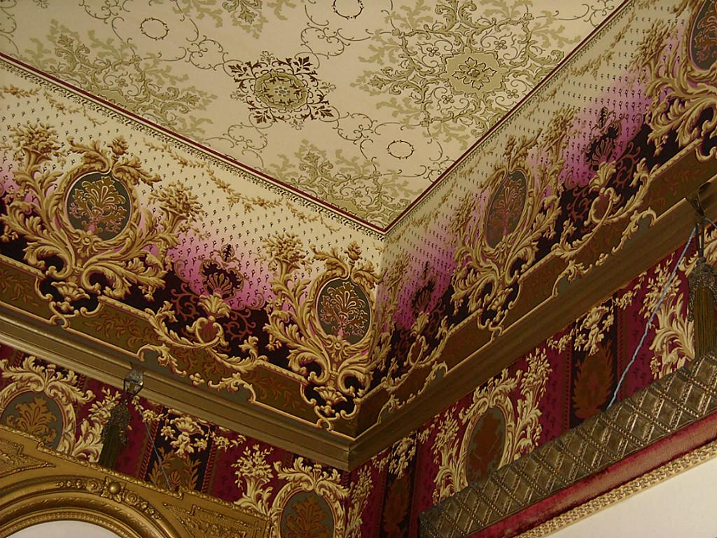 Authentic-Victorian-ceiling-treatment-wallpaper-wp423818