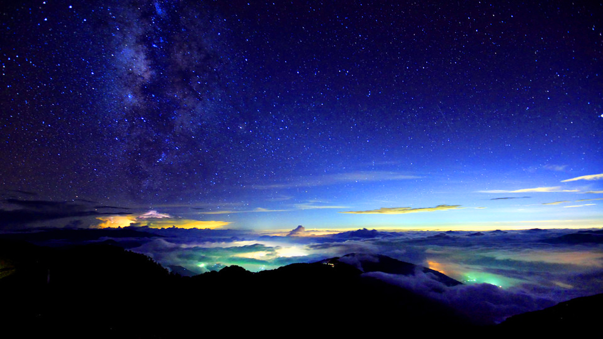 Autumn-Milky-way-in-a-Sea-of-Clouds-Taroko-National-Park-Taiwan-1920x1080-Need-iPhone-S-Plus-wallpaper-wp3402710