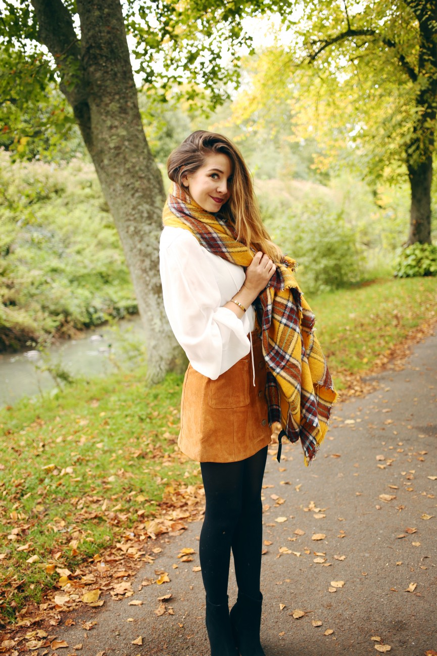 B-https-www-zoella-co-uk-autumn-style-s-scarves-html-wallpaper-wp3002155