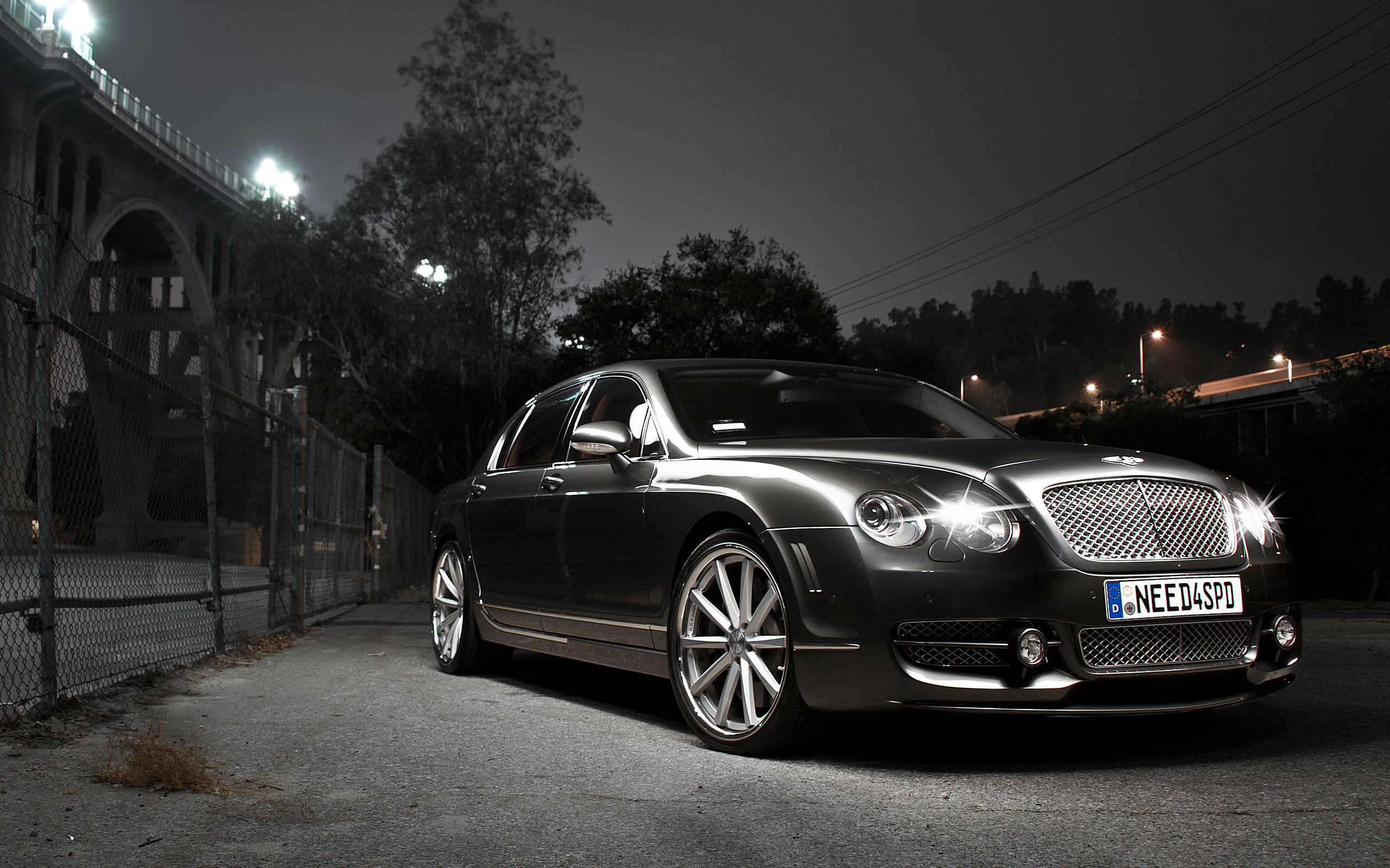 BENTLEY-CONTINENTAL-FLYING-SPUR-wallpaper-wp5803947