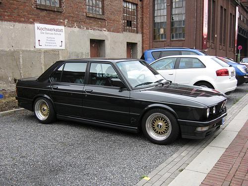 BMW-E-M-i-wallpaper-wp3003821