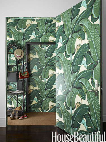 Banana-leaf-print-in-entry-Des-wallpaper-wp5803817
