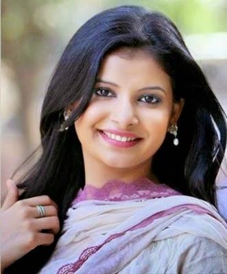Bangladeshi-celebrity-Sabnam-Faria-photos-and-biography-http-www-bdprimeit-com-sabnam-far-wallpaper-wp6002217