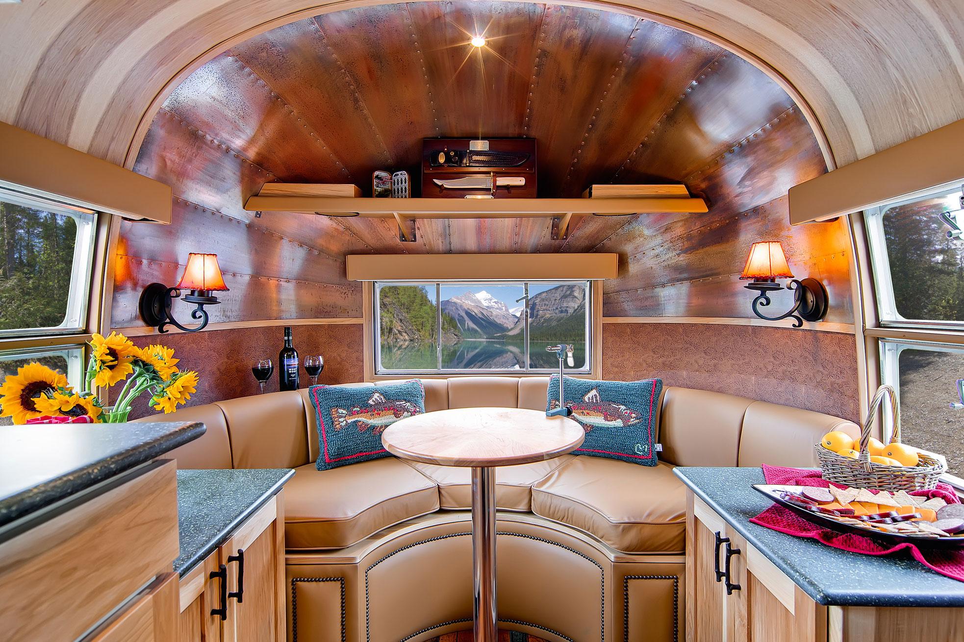 Beautiful-Airstream-Interior-wallpaper-wp4804565