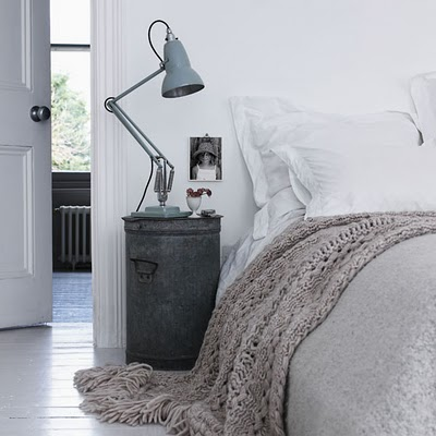 Bedroom-grey-and-white-vintage-industrial-bedroom-Love-the-side-table-and-lamp-wallpaper-wp5005158