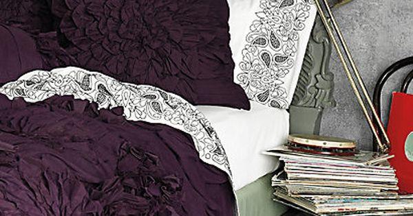 Bedroom-masculine-or-feminine-Home-creative-wallpaper-wp5005166