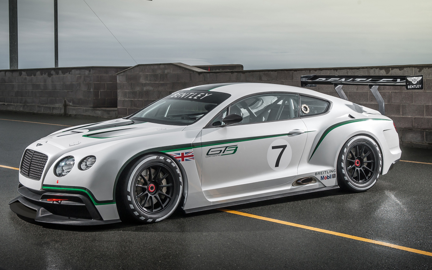 Bentley-Continental-GT-Race-Car-HD-Desktop-wallpaper-wp424042-1