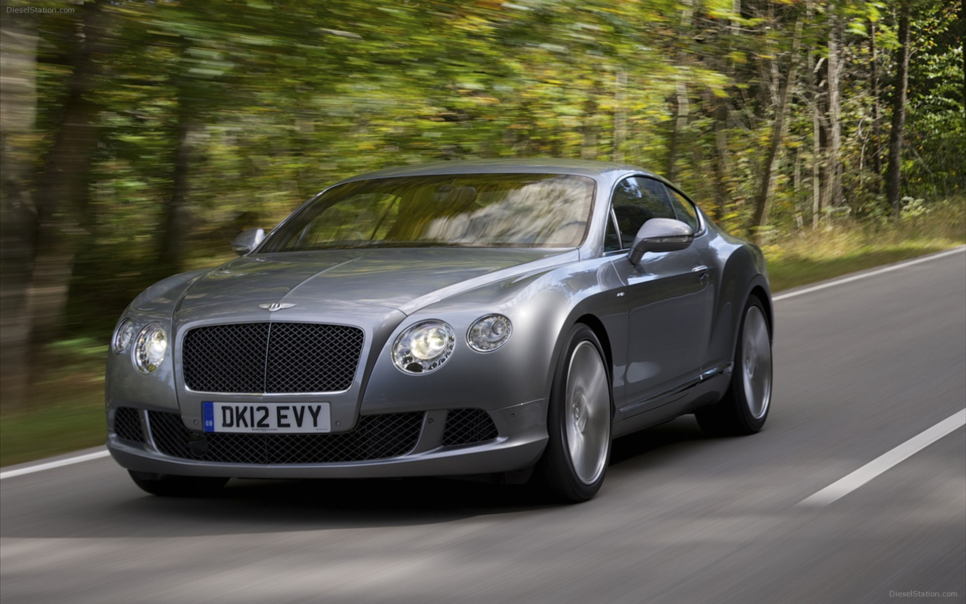 Bentley-Continental-GT-Speed-wallpaper-wp424046-1
