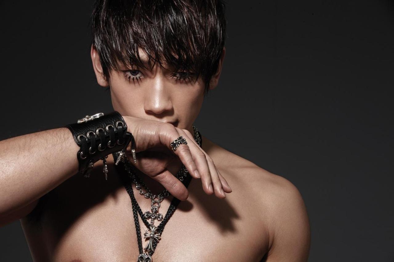 BiRain-Korean-Kpop-collections-Download-Bi-Rain-Hot-KPOP-in-best-quality-kpop-wallpaper-wp4602900