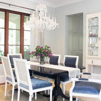 Black-Dining-Table-with-Blue-Velvet-Dining-Chairs-wallpaper-wp4604277