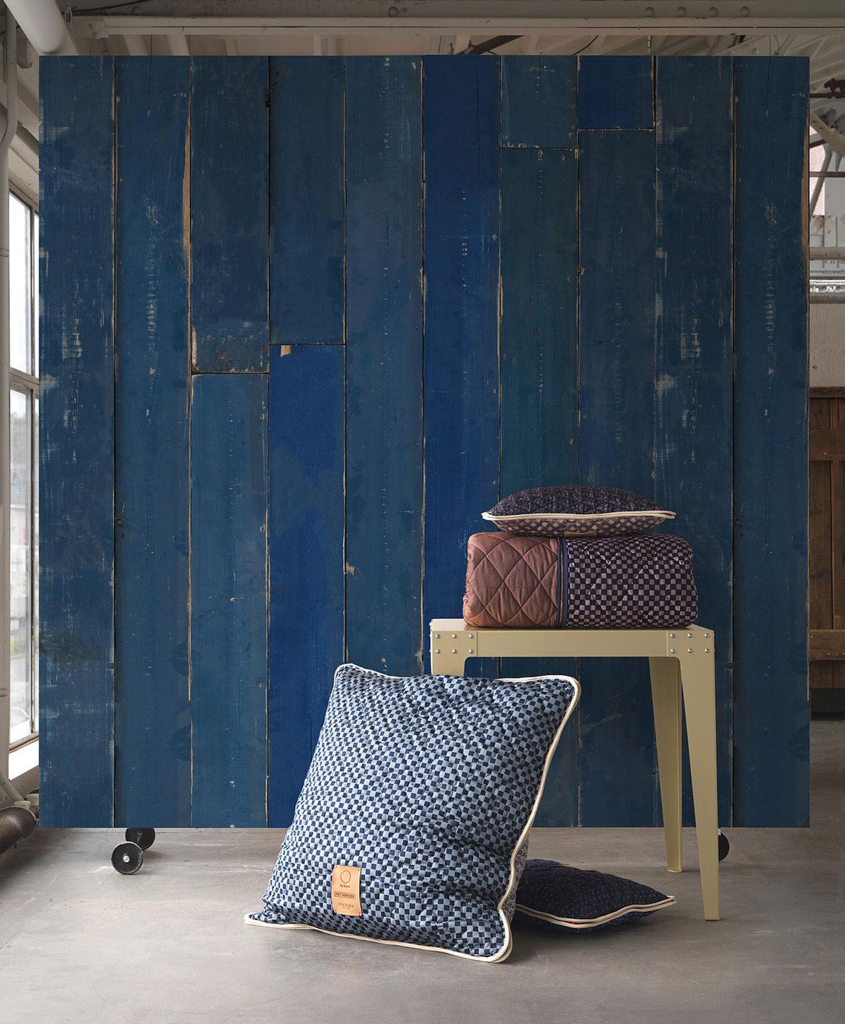 Blue-Scrapwood-by-Piet-Hein-Eek-and-NLXL-wallpaper-wp4405227