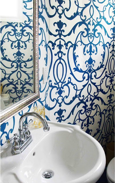 Blue-powder-room-with-yellow-accent-wallpaper-wp5804117