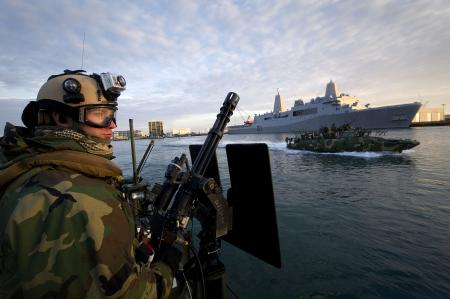 Boatswains-Mate-rd-Class-Jobey-French-assigned-to-Riverine-Command-Boat-from-Riverine-Squadron-wallpaper-wp4604359