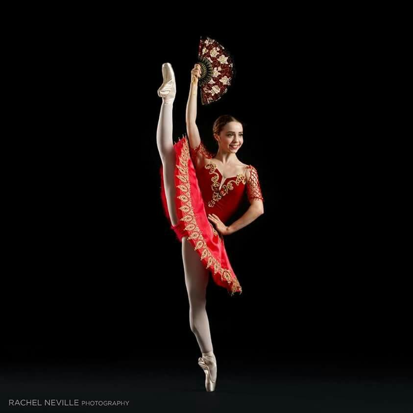 Brianna-Crockett-of-Ellison-Ballet-wallpaper-wp424240-1