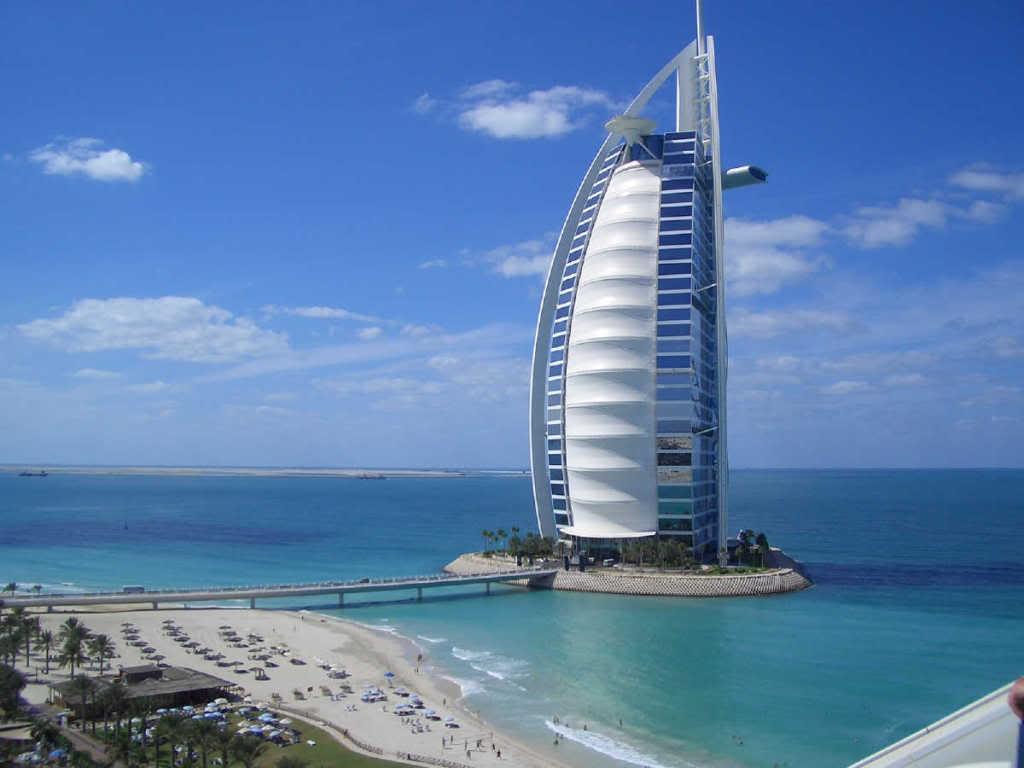 Building-Sail-Dubai-Visits-World-Dancing-People-dubai-wallpaper-wp5403870