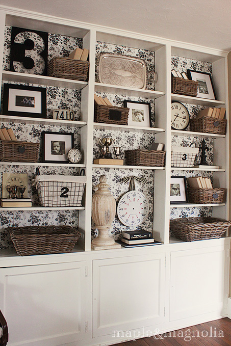 Built-in-display-shelves-with-backing-wallpaper-wp5203368