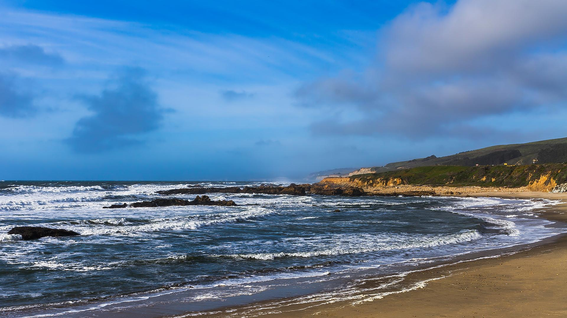 California-coastline-looking-north-from-Beach-Hollow-State-Beach-San-Mateo-County-1920x1080OC-N-wallpaper-wp3403619