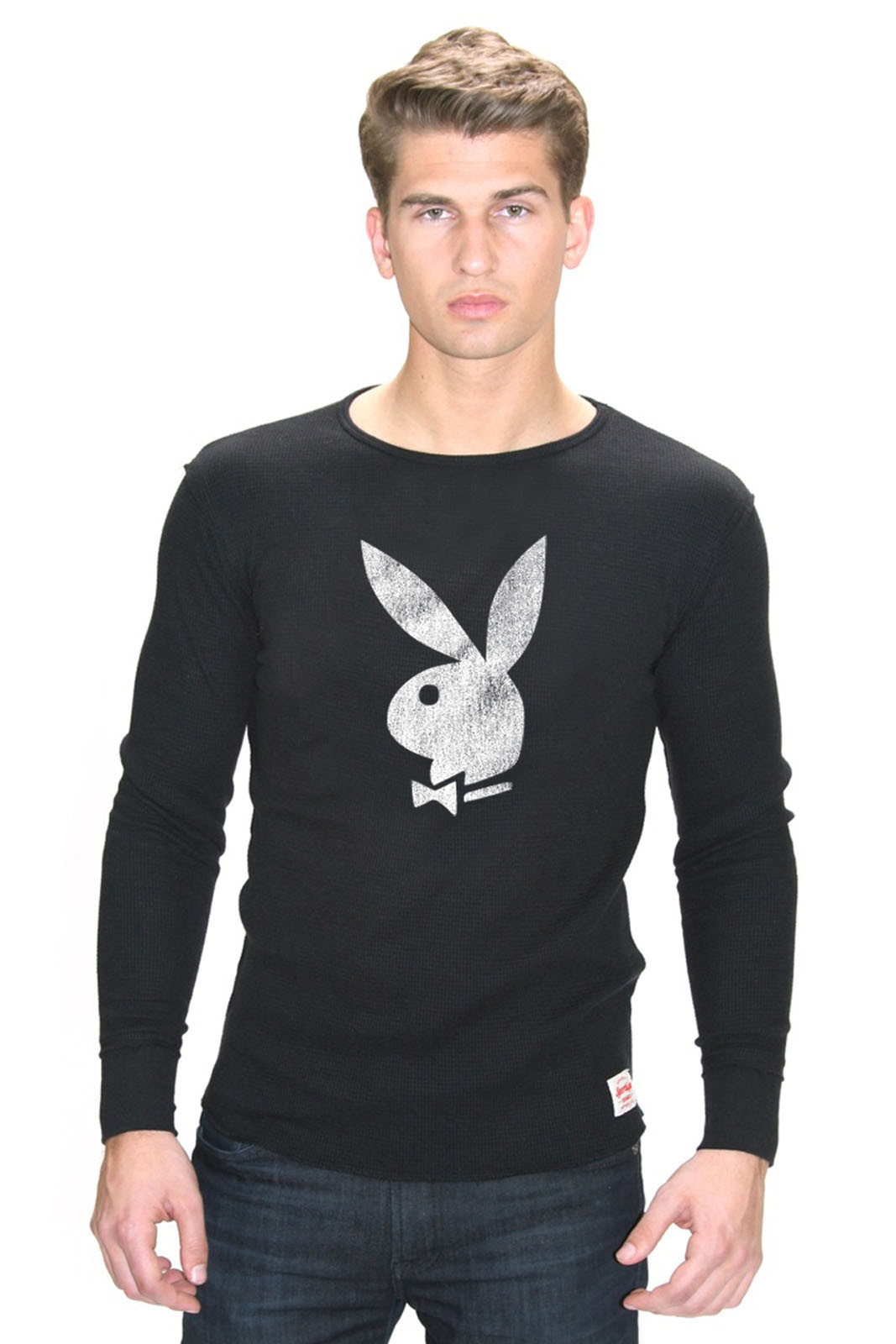 Celebrate-the-iconic-history-of-Playboy-with-a-comfortable-long-sleeve-Playboy-Thermal-wallpaper-wp5404004