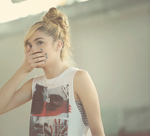 Chachi-Gonzales-her-She-s-amazing-We-even-share-the-same-birthday-and-age-We-re-meant-to-be-be-wallpaper-wp3004253