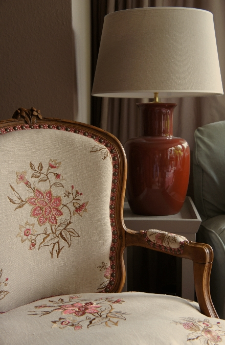 Chair-is-Marwood-by-GP-J-Baker-wallpaper-wp5804486
