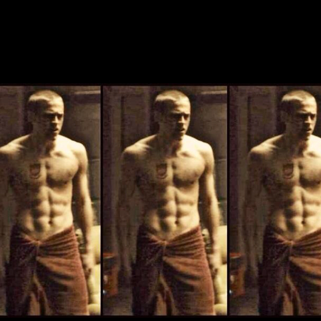 Charlie-Hunnam-in-Green-Street-Hooligans-best-scene-of-the-movie-wallpaper-wp4003890
