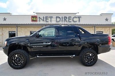 Chevrolet-Avalanche-LT-Crew-Cab-LIFTED-Z-X-Truck-new-lift-tires-rims-Bluetooth-WD-leather-o-wallpaper-wp4604658-2
