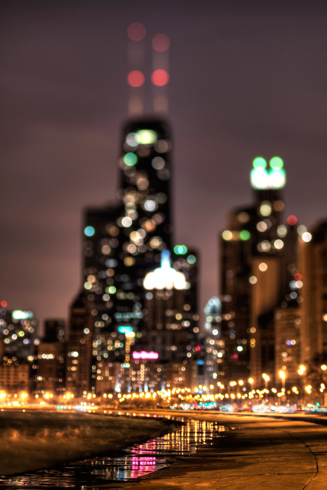 Chicago-IL-Christine-Groves-Realtor-Coldwell-Banker-in-Chicagoland-www-Groves-Realty-com-wallpaper-wp424506