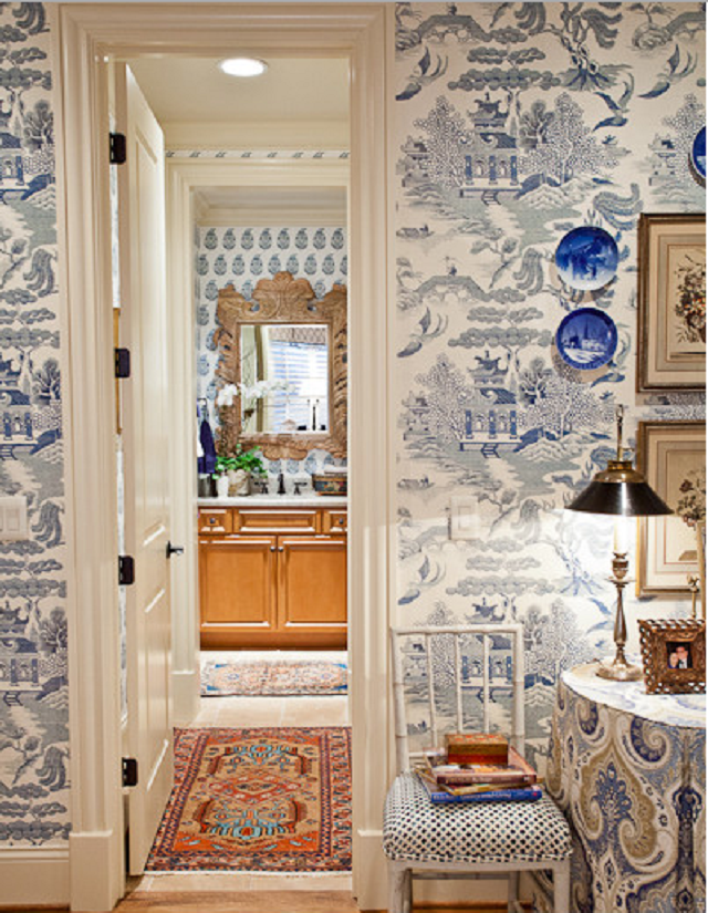 Chinoiserie-blue-and-white-wallpaper-wp5603831