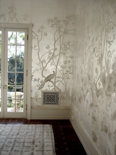 Chinoiserie-landscape-mural-on-silver-leaf-wallpaper-wp5006024
