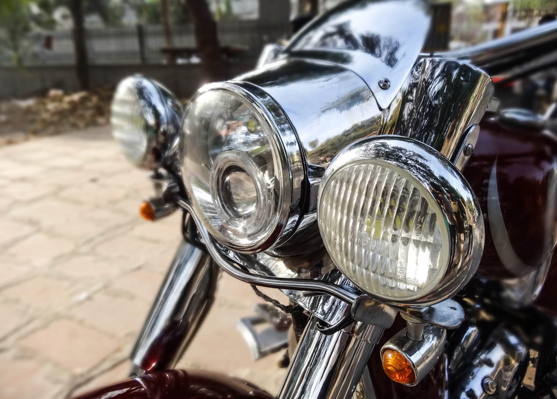 Chopped-Royal-Enfield-Classic-by-Neev-Motorcycles-CC-com-wallpaper-wp4805251