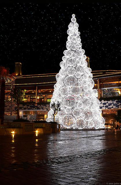 Christmas-tree-wallpaper-wp4604766