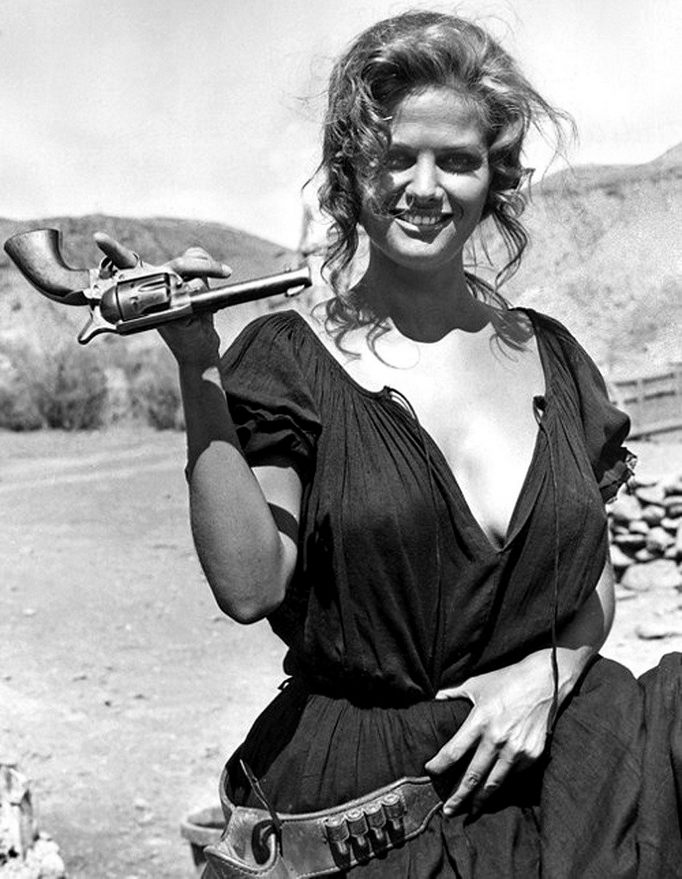 Claudia-Cardinale-Once-Upon-a-Time-in-the-West-wallpaper-wp424561-1