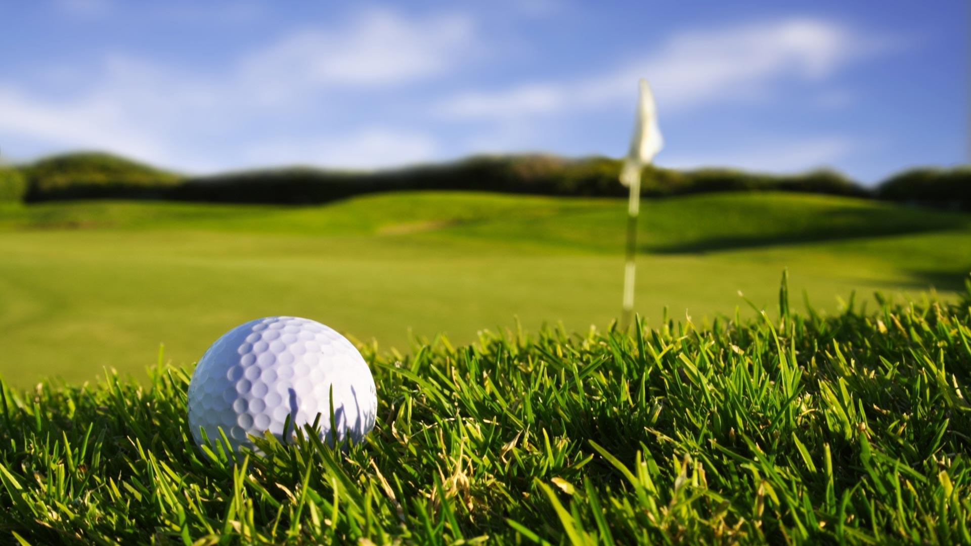 Closeup-Golf-Ball-Over-–-1080p-HD-for-Desktop-wallpaper-wp3604128