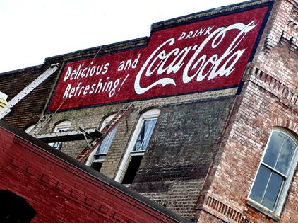Coca-Cola-Advertising-Signs-on-Buildings-Bing-Images-wallpaper-wp5603947