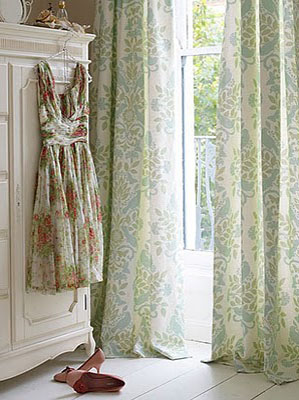 Country-Style-Chic-Pretty-Vintage-Florals-wallpaper-wp424711-1
