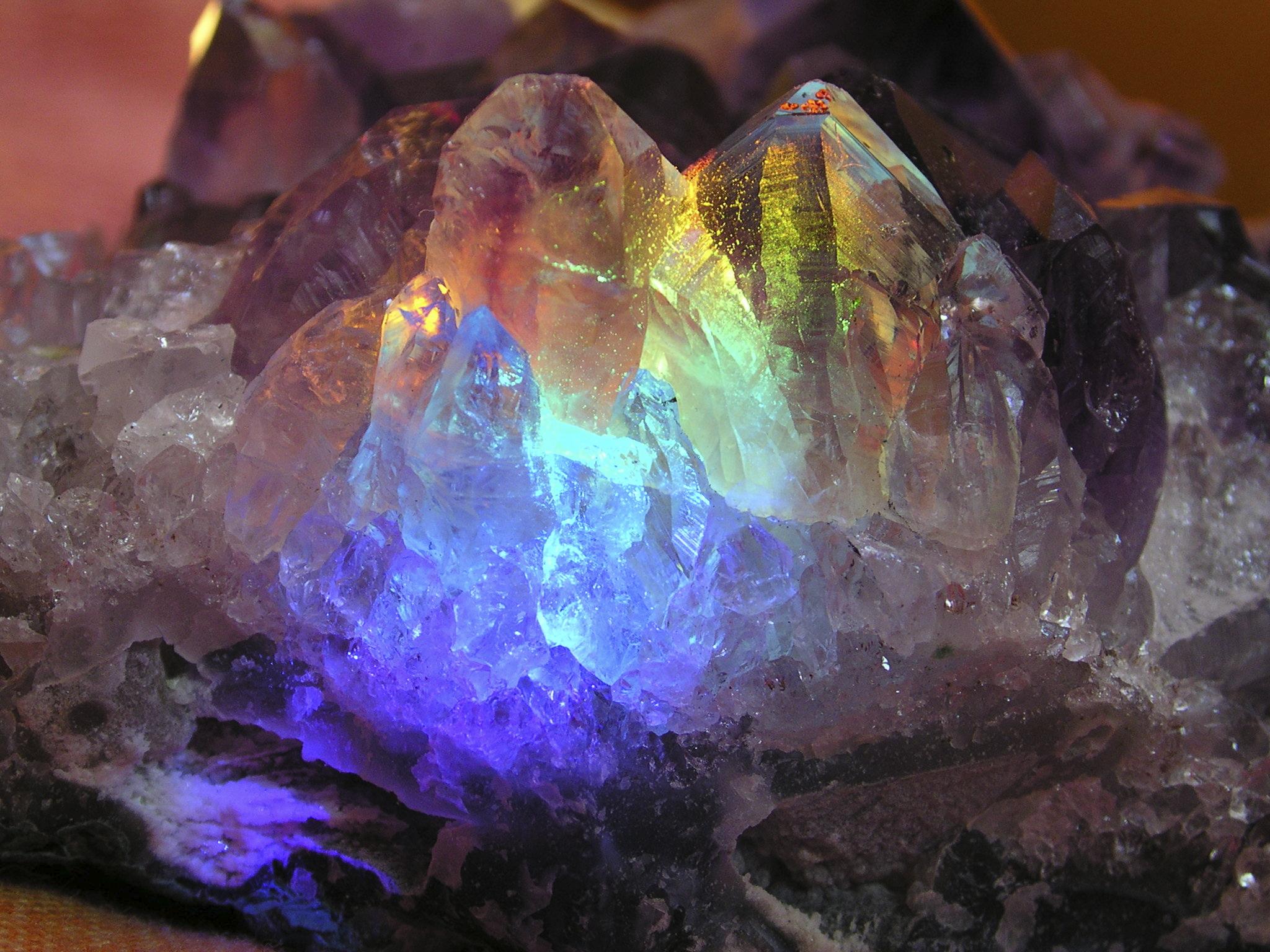Crystal-mineral-gem-geology-nature-wallpaper-wp4004145