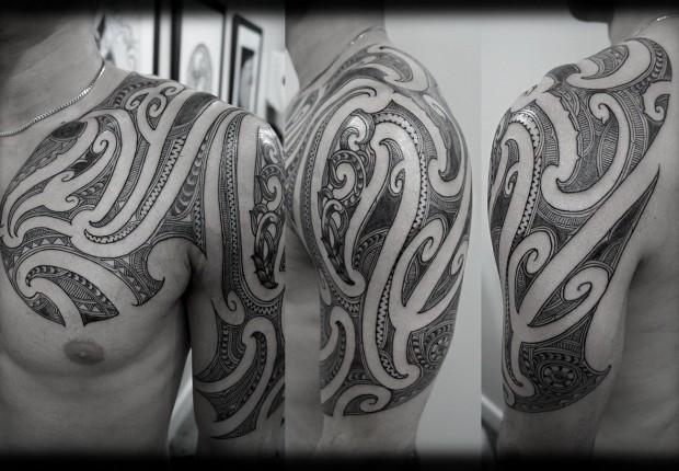 Custom-New-Zealand-Maori-Ta-Moko-Kirituhi-Pacific-Tribal-Half-Sleeve-with-Chest-Extension-Tattoo-Des-wallpaper-wp3004674