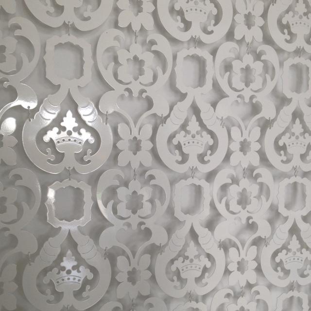 Cut-out-metal-wallpaper-wp5804800
