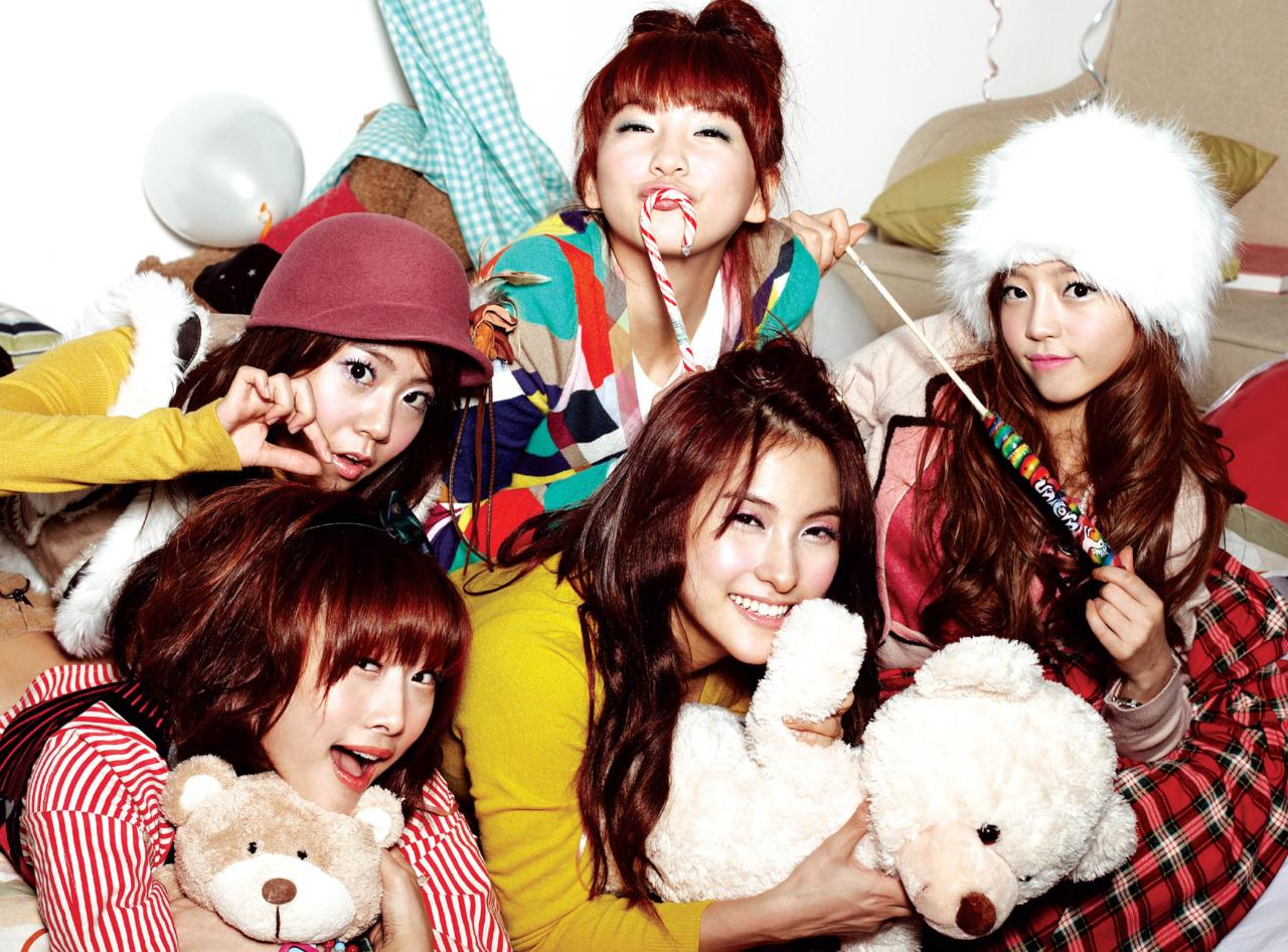 Cute-Doll-KARA-Lollipop-Smile-Korean-Kpop-collections-Download-Cute-KARA-HD-Wall-wallpaper-wp4602930