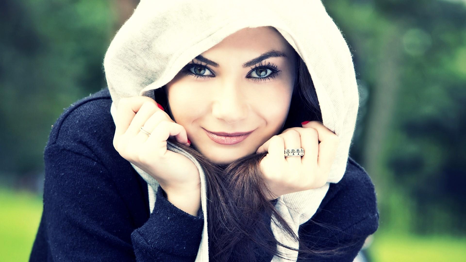 Cute-Smiling-Girl-Face-HD-1080p-Download-wallpaper-wp3604488