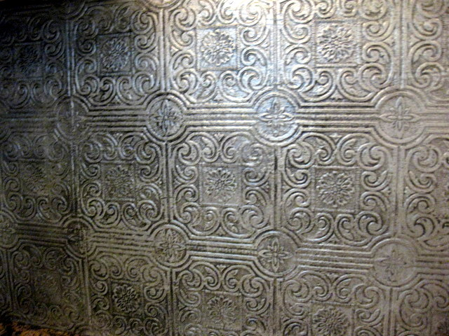DIY-Faux-Antique-Tin-Tile-Backsplash-Textured-painted-silver-then-she-went-ov-wallpaper-wp5006831