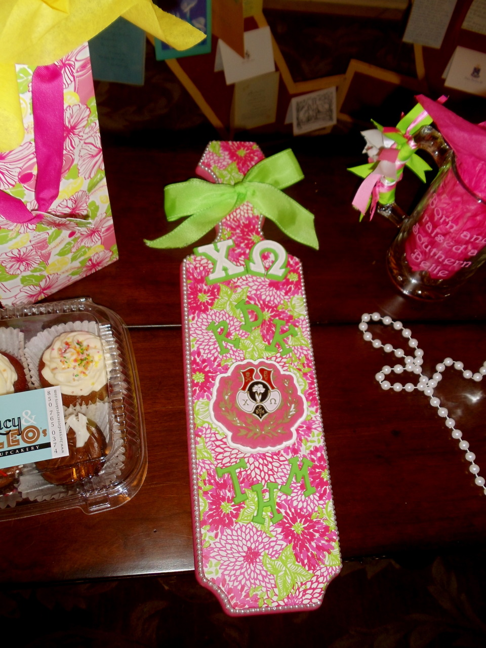 DIY-sorority-craft-lilly-paddle-inspiration…-you-can-do-it-too-This-is-a-cute-gift-wallpaper-wp5404581