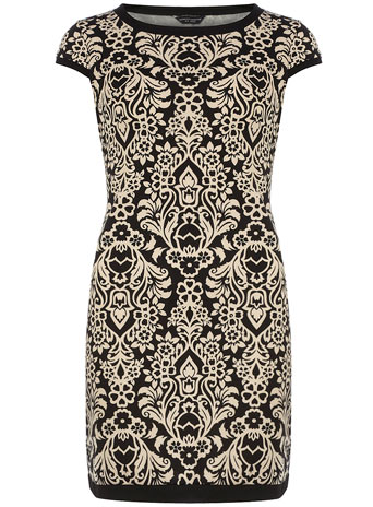 Damask-tipped-shift-dress-wallpaper-wp424830-1