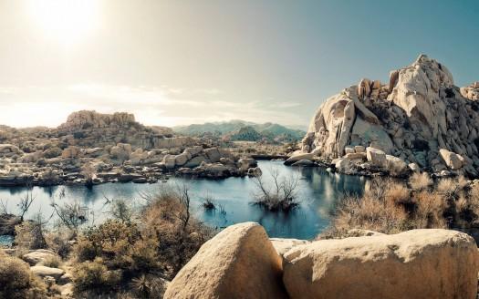 Desert-Rock-Formations-Lake-National-Park-California-US-wallpaper-wp3404553