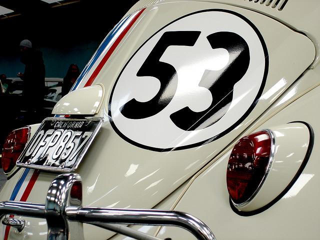Disney-Herbie-VW-Beetle-wallpaper-wp5205842